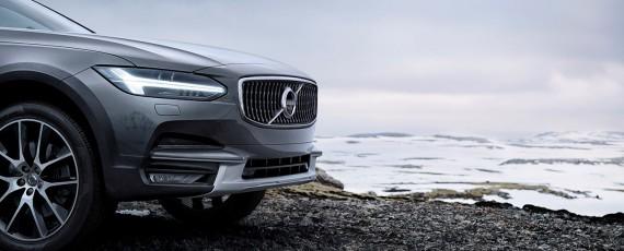 Volvo V90 Cross Country (11)